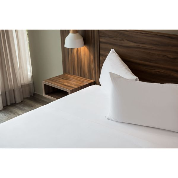 sabana-plana-200-hilos-blanca-mezcla-hotelera